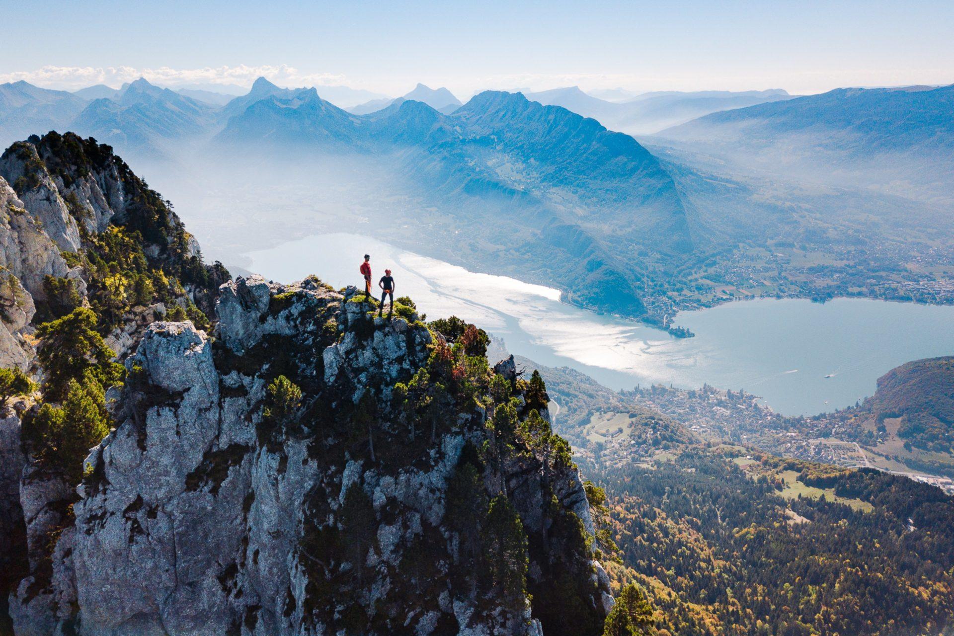 Dent de lanfon au-dessus Lac d'Annecy