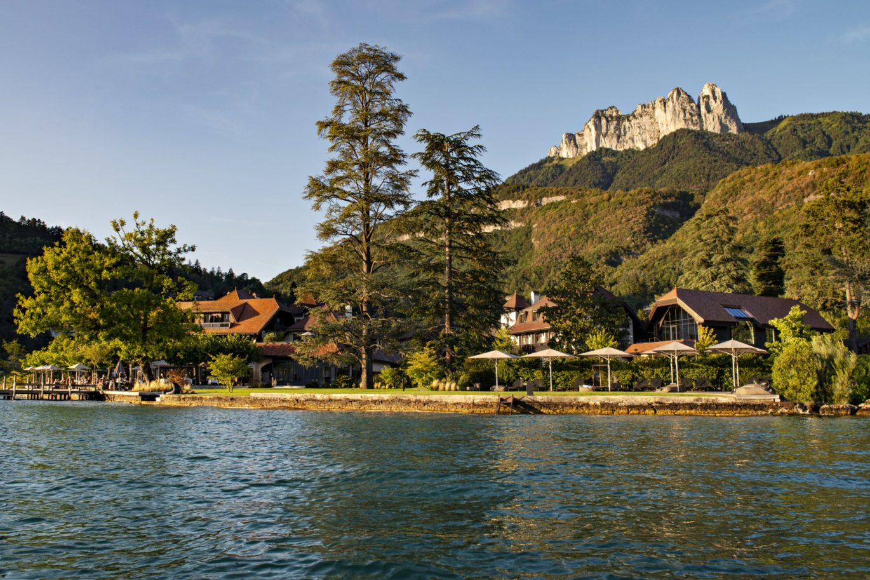 Hôtel 5 étoiles Auberge du Père Bise vue du lac