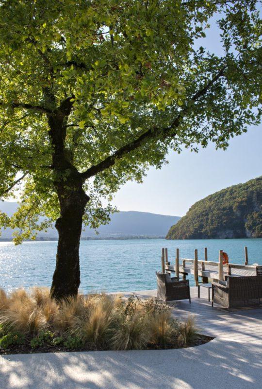 hotel au bord du lac d'annecy