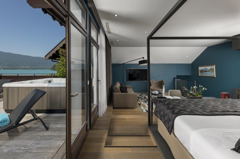 chambre d'hôtel avec jaccuzi privatif Annecy