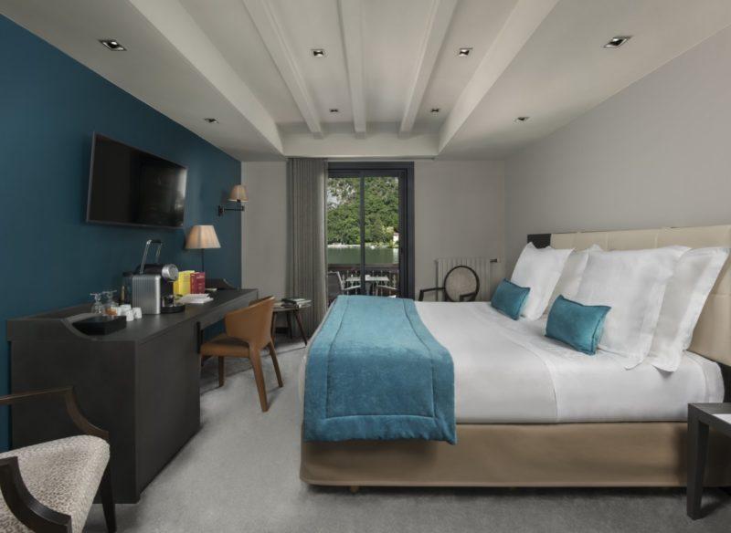 chambre d'hôtel 5 étoiles vue lac Annecy