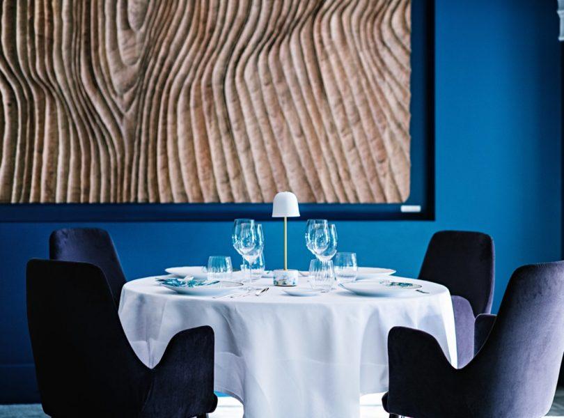 table du restaurant gastronomique