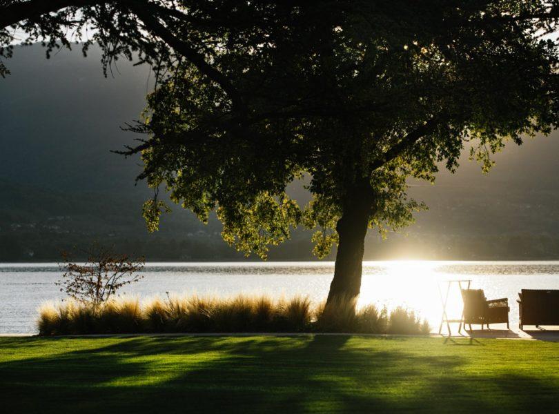 terrasse du restaurant, bord du lac d'Annecy